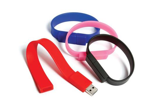 chiavetta-usb-braccialetto