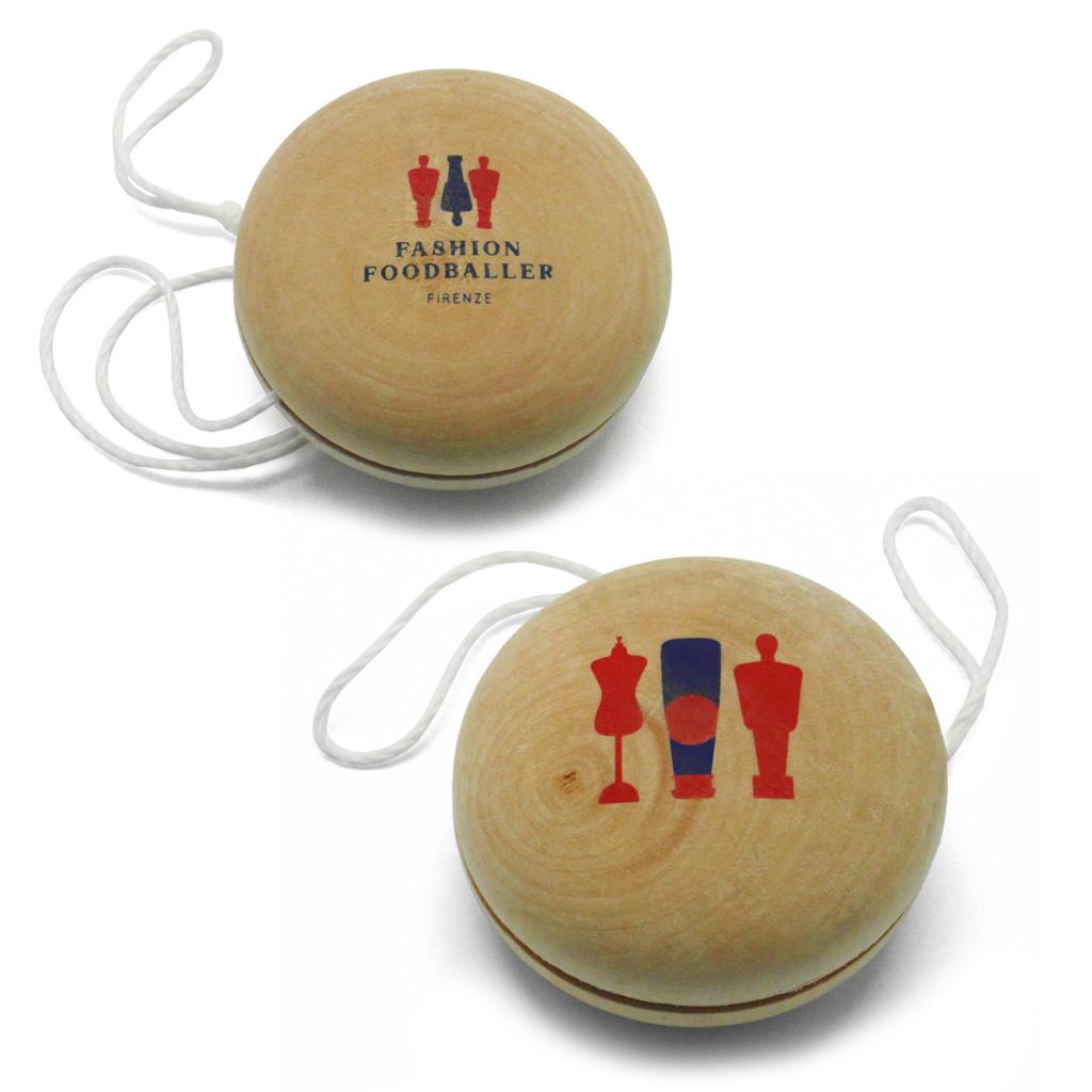 yo-yo-fashion-footballer
