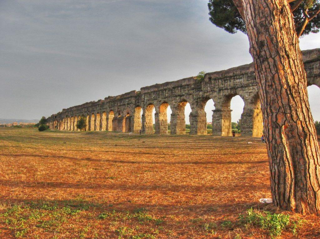 acquedotto-romano-appia-antica