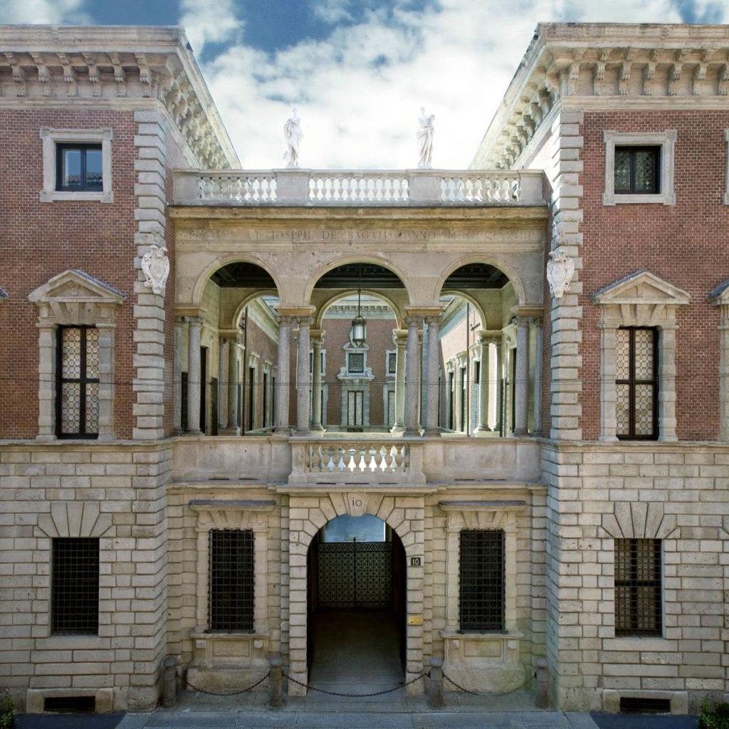 museo-bagatti-valsecchi-esterno