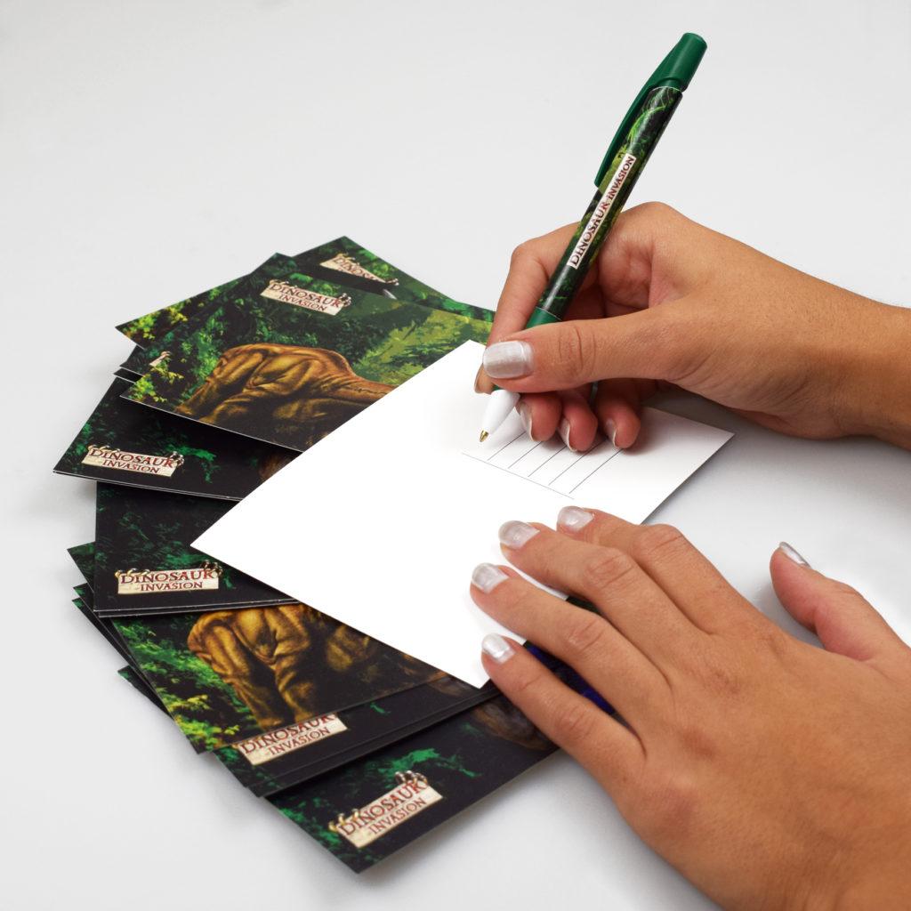 Penna e cartoline personalizzate per Dinosaurs Invasion