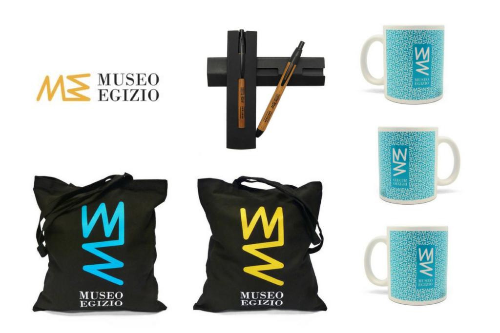 Alcuni dei gadget personalizzati realizzati per il Museo Egizio di Torino