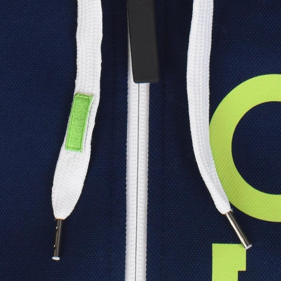 Dettaglio della personalizzazione sul cordoncino della felpa AC Trento