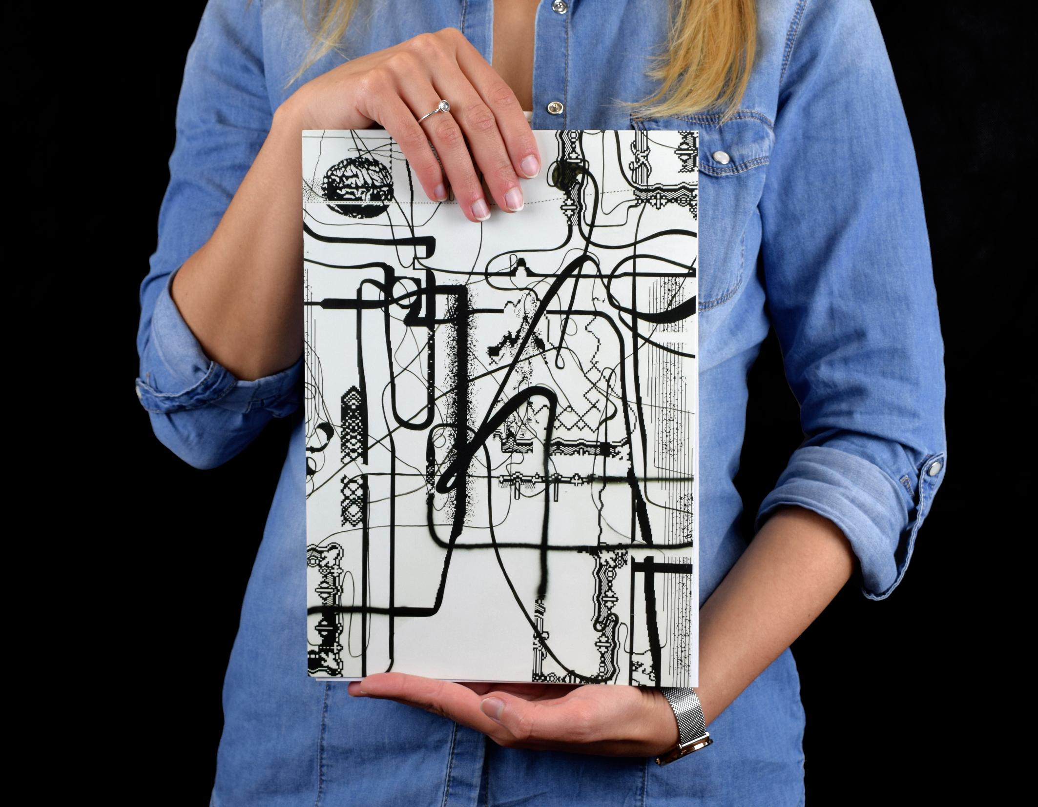 "Sketchbook con opera ""Old Man Driver"" dell'esposizione ""Cows by the water"" a palazzo Grassi"