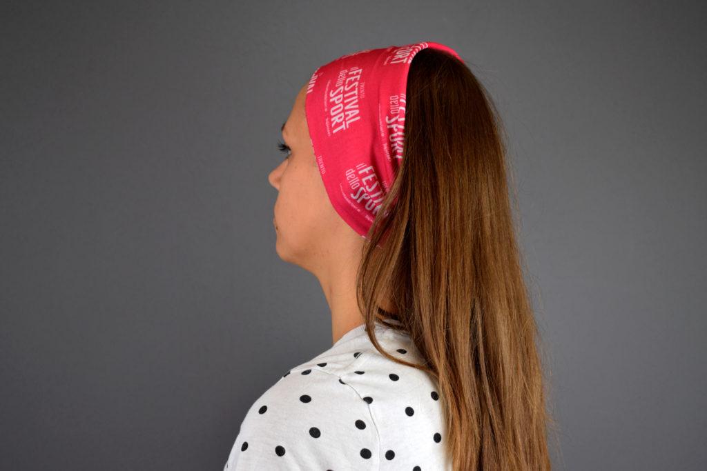 bandana rosa del festival dello sport