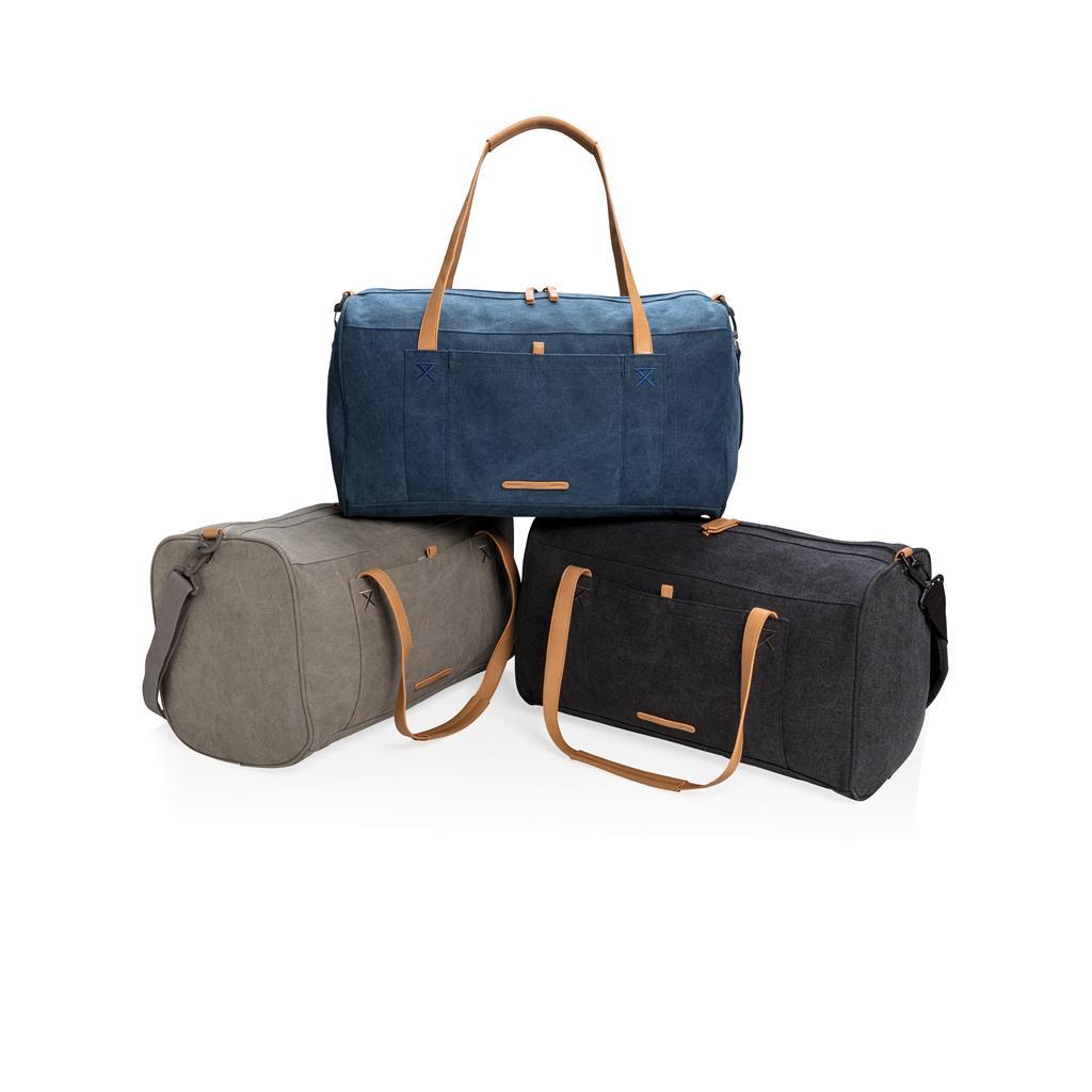 Tre borse ecologiche colorate