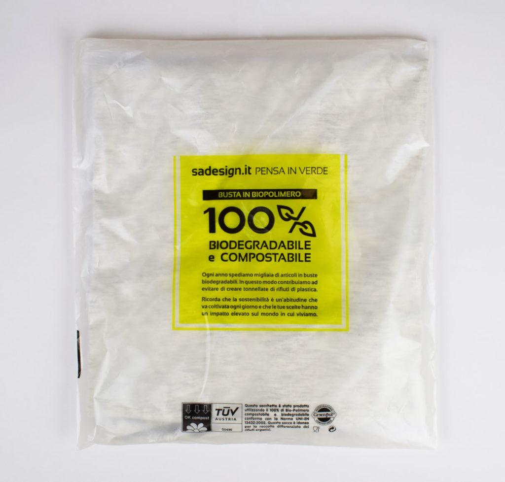 sacchetto biodegradabile per abbigliamento