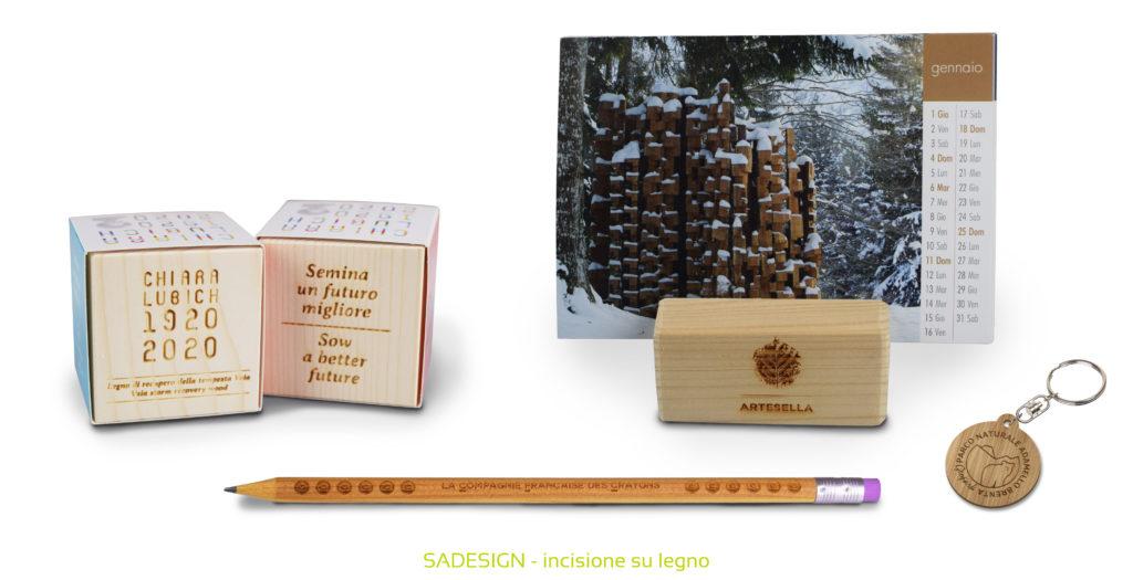 gadget con incisione su legno Sadesign