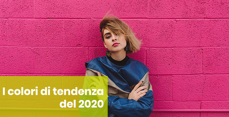 ragazza colori moda 2020 blu e rosa