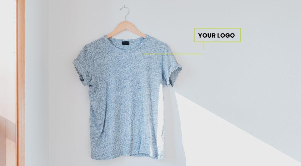 maglietta personalizzabile con logo per brand extension