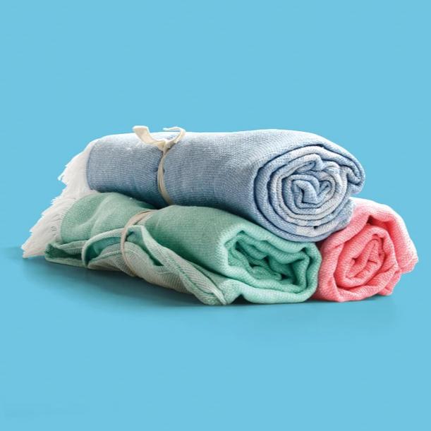 asciugamano mare in plastica riciclata