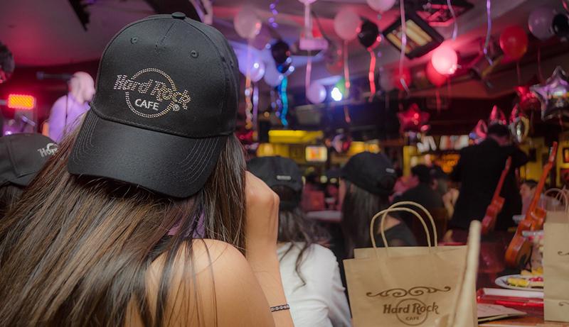 cappellino hard rock cafè come esempio di merchandising