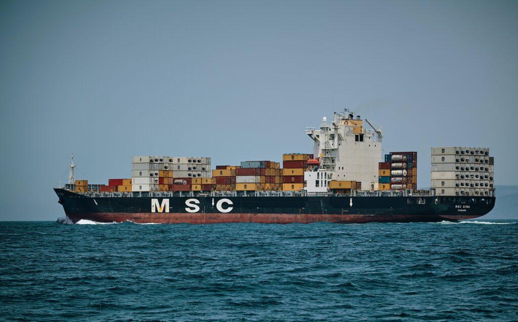 nave merci msc come esempio di importazione gadget