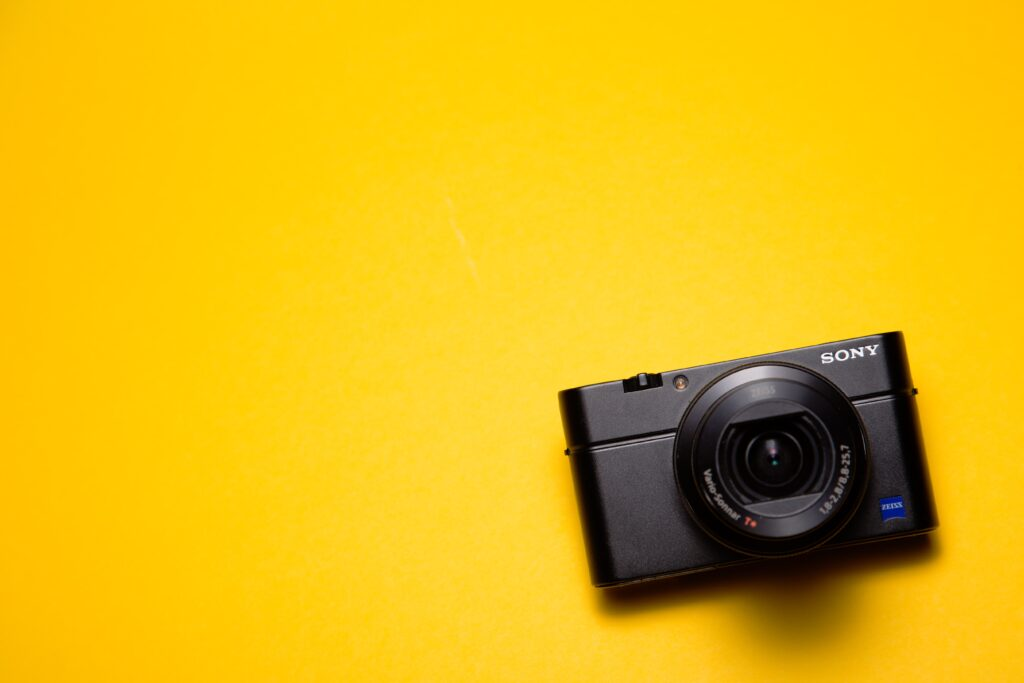 macchina fotografica sony anni 90