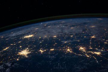 immagine della nasa dei server del globo terrestre