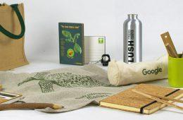 vari oggetti ecosostenibili come idee regalo ecosostenibile